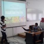 Suasana Presentasi Mahasiswa Fitogeografi Pohon di Fakultas Kehutanan UGM