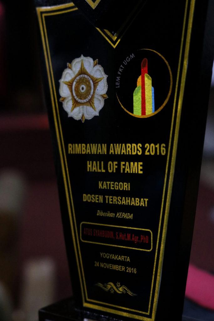 Rimbawan Awards 2016 Dosen Tersahabat Atus Syahbudin
