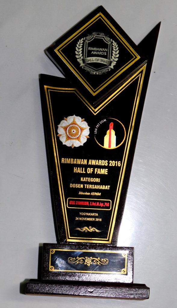 Rimbawan Awards 2016: Dosen Tersahabat Atus Syahbudin Kehutanan UGM